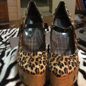 Penthouse Shoes Platform Leopard Size 10